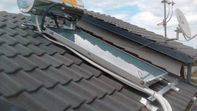 Τα συνεργεία της εταιρείας παρέδωσαν τον Μάιο και τον Ιούνιο του 2012 τις εγκαταστάσεις τεσσάρων ηλιακών με επιλεκτικούς συλλέκτες