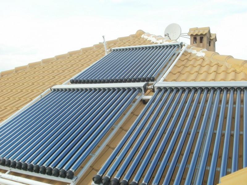 Εγκατάσταση boiler με αντλια θερμοτητας & ηλιακών κενού