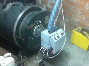 Ο καυστήρας πέλλετ B-ECO έχει τη δυνατότητα να τοποθετηθεί τόσο σε λέβητες στερεών καυσίμων, όσο και σε λέβητες πετρελαίου, δουλεύοντας αξιόπιστα και αποδοτικά