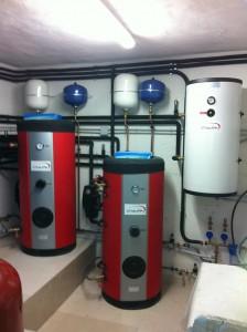 Μπόιλερ για παραγωγή ζεστού νερού χρήσης με ηλιοθερμία