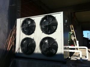 Αντλία θερμότητας υψηλών θερμοκρασιών POLARIS 30 KW στην Κατερίνη