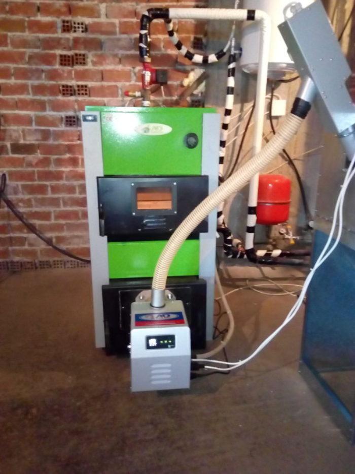 Εγκατάσταση λέβητα ξύλου πελλετ με καυστήρα BMIX DIGITAL 45kw