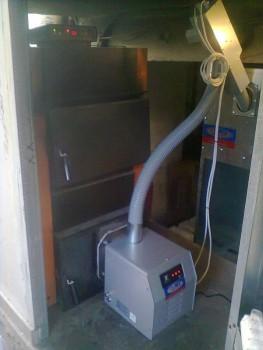 Καυστήρας πέλλετ και βιομάζας σε λέβητα ξύλου SATURN