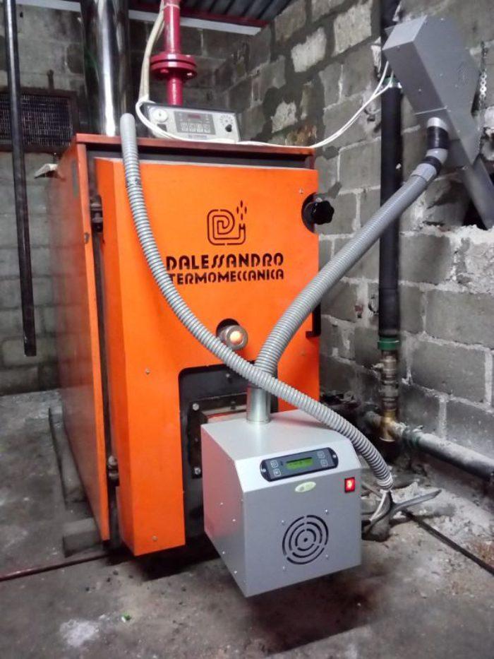 καυστήρας πελλετ sp100 σε λέβητα στερεών καυσιμων