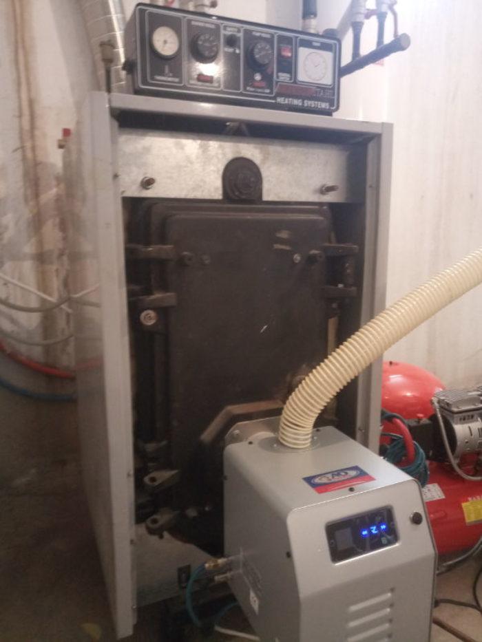 Μετατροπή μαντεμένιου λέβητα Thermostahl με καυστήρα πελλετ Bmix Digital στα Κουφάλια