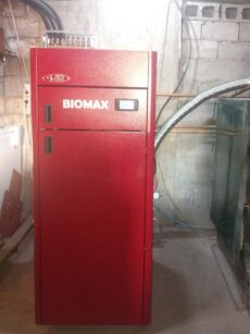 Αυτοκαθαριζόμενος λέβητας πελλετ BIOMAX στο Λιποχώρι Σκύδρας